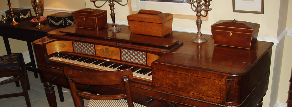 Astor & Co Square piano